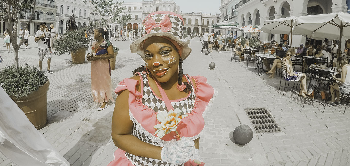 Clown girl in Havana