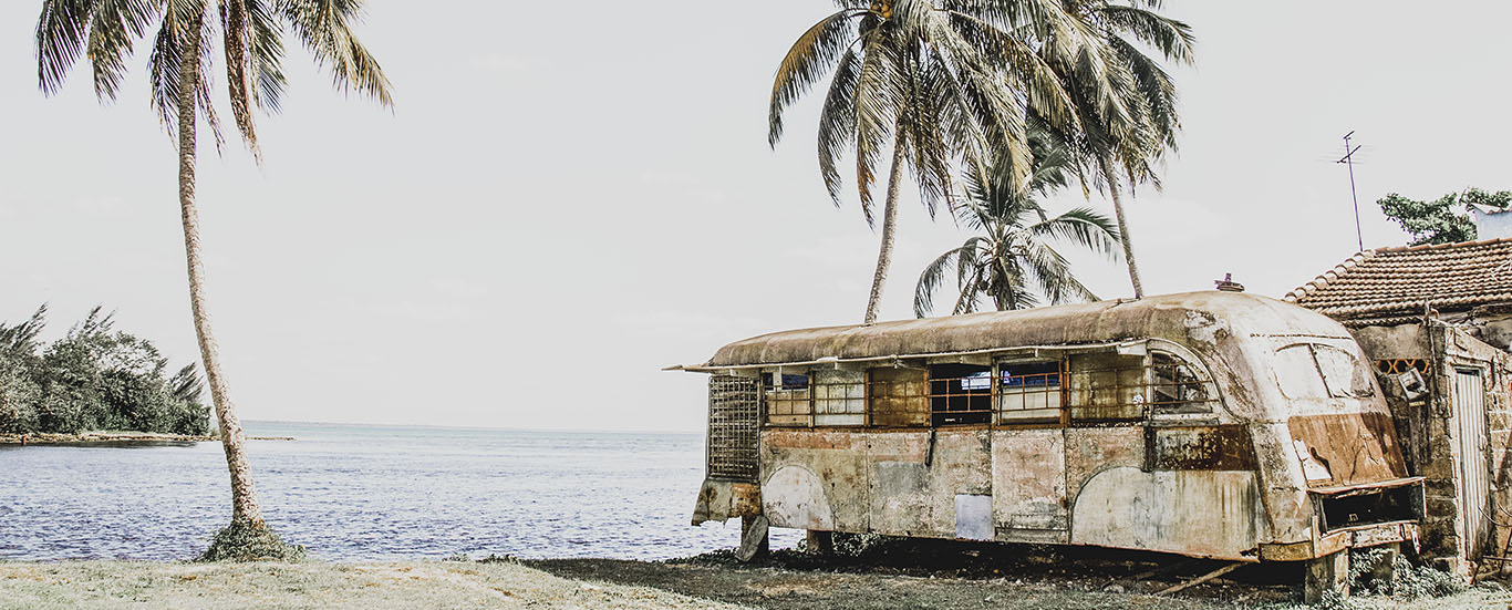 Vintage camper in Playa Larga